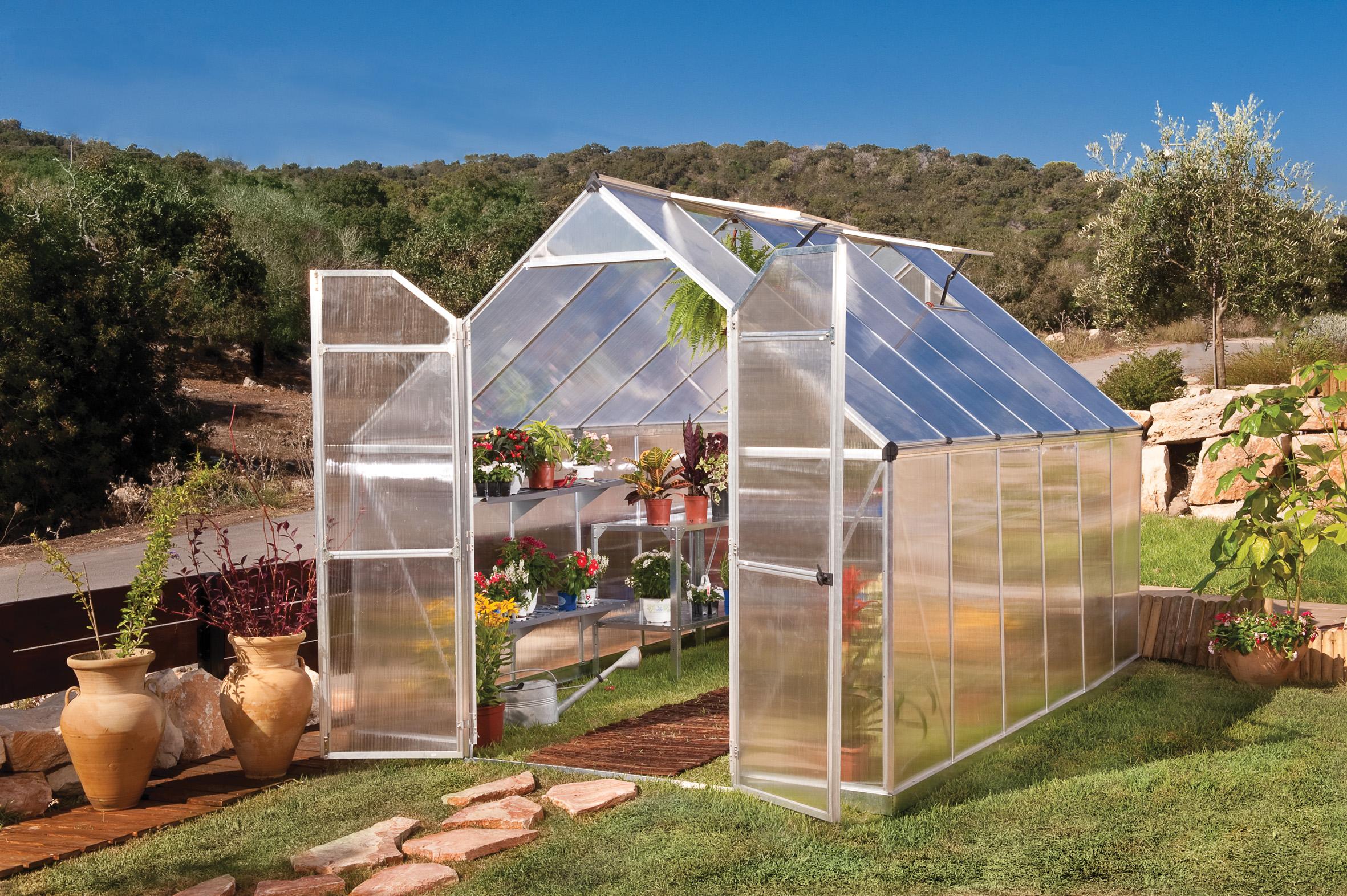 polykarbonátový skleník Palram Essence 8x12 silver + ZDARMA základna skleníku + ZDARMA strunová sekačka Fieldmann FZS 2000-E + ZDARMA sada 10ti háčků pro rostliny + hnojivo Biocin + prodloužená ZÁRUKA 10 LET