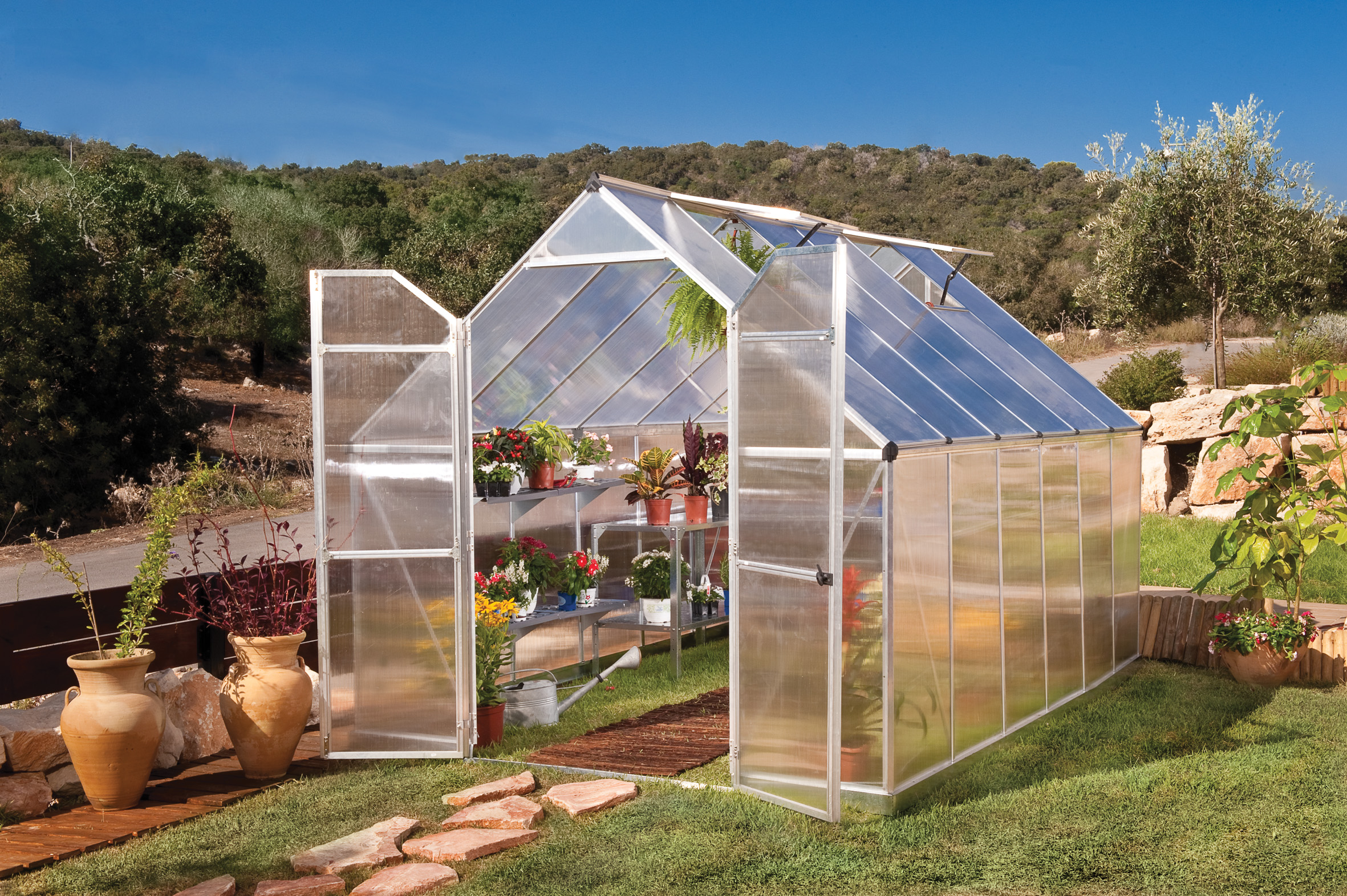 polykarbonátový skleník Palram Essence 8x12 silver + ZDARMA základna skleníku + ZDARMA automatický otvírač oken + ZDARMA sada 10ti háčků pro rostliny + hnojivo Biocin-FF + prodloužená ZÁRUKA 10 LET